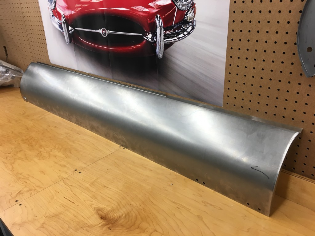 The new Monocoque Metalworks sills are not only the correct radius from top to bottom, but there are NO KINKS - ANYWHERE!